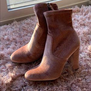 Steve Madden pink ankle velvet boots